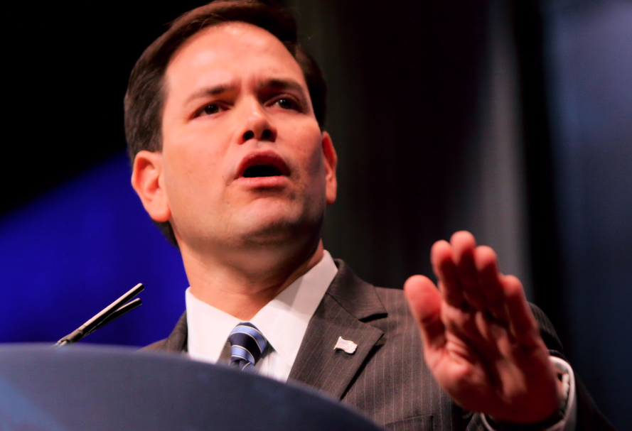 Image: Desperate Rubio's new low: Attacking Trump's genitals (Video)