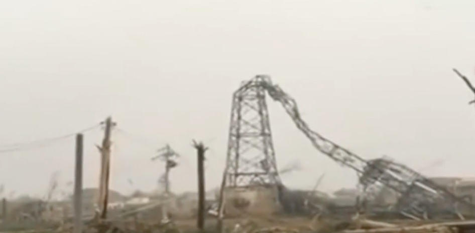 Image: RAW: Violent storm, tornado wrecks Eastern China, deadly aftermath video (Video)